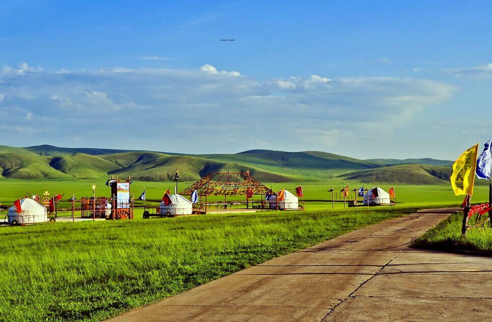 b53:【暑假亲子坐着房车去旅行 】呼伦贝尔大草原,莫日格勒河